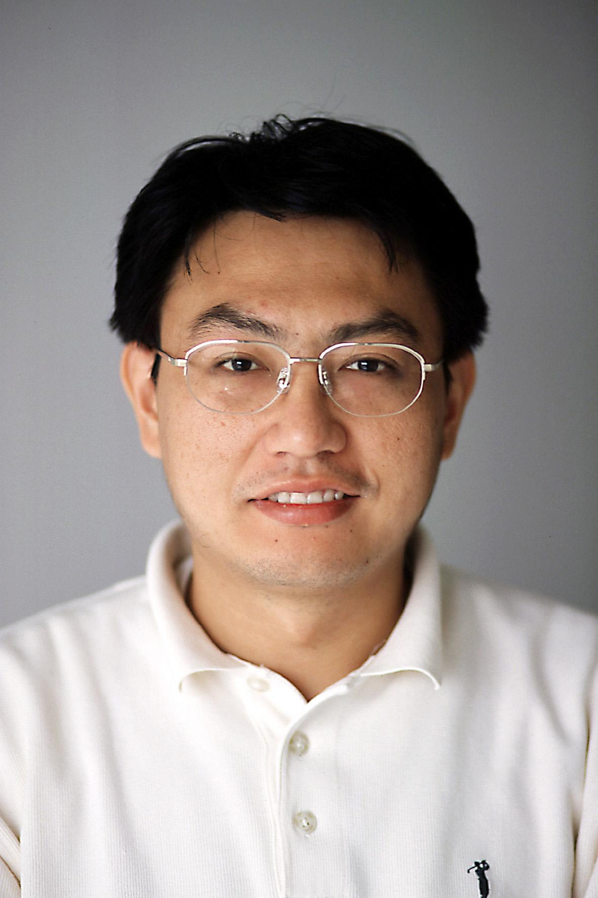 Photo of Zhenyu Yang
